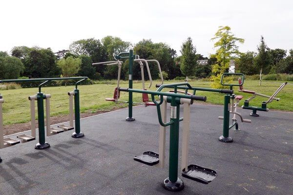 Outdoor Gyms and Fitness